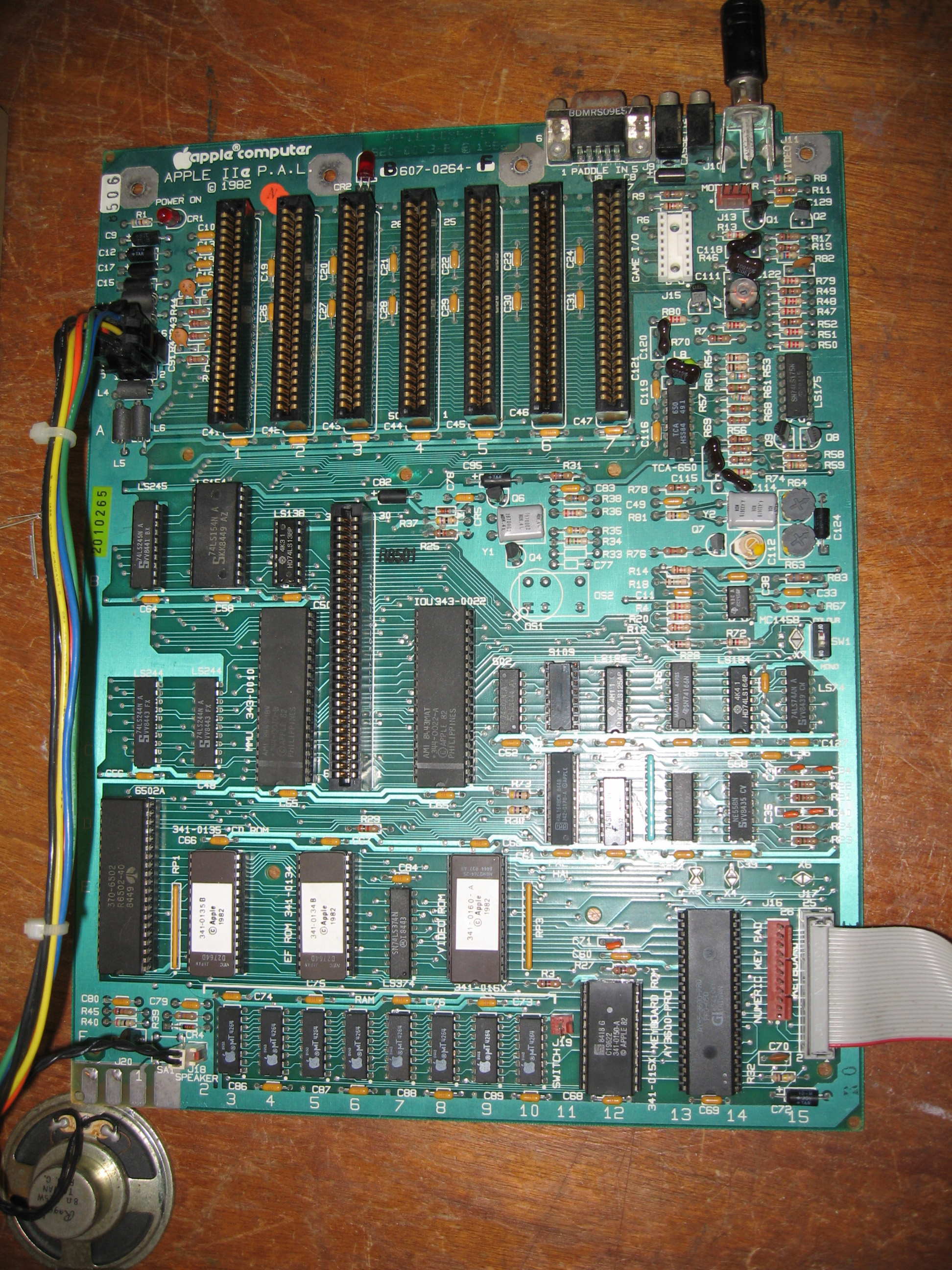 International  Pal  Apple Iie Circuit Diagram